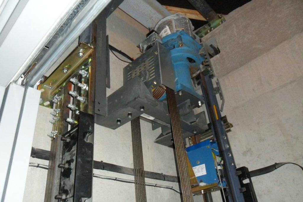 Copas ascenseur treuil haut de gaine