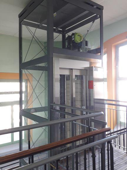 copas ascenseurs-pilone autoporteur