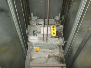avant modernisation ascenseur